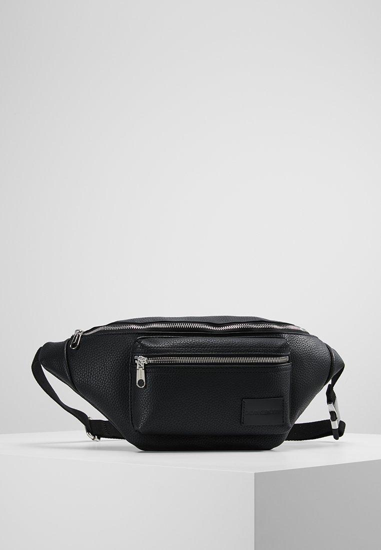Calvin Klein Jeans - PEBBLE ESSENTIALS  STREET PACK - Bältesväska - black