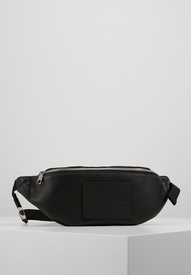 MICRO PEBBLE STREETPACK - Sac banane - black