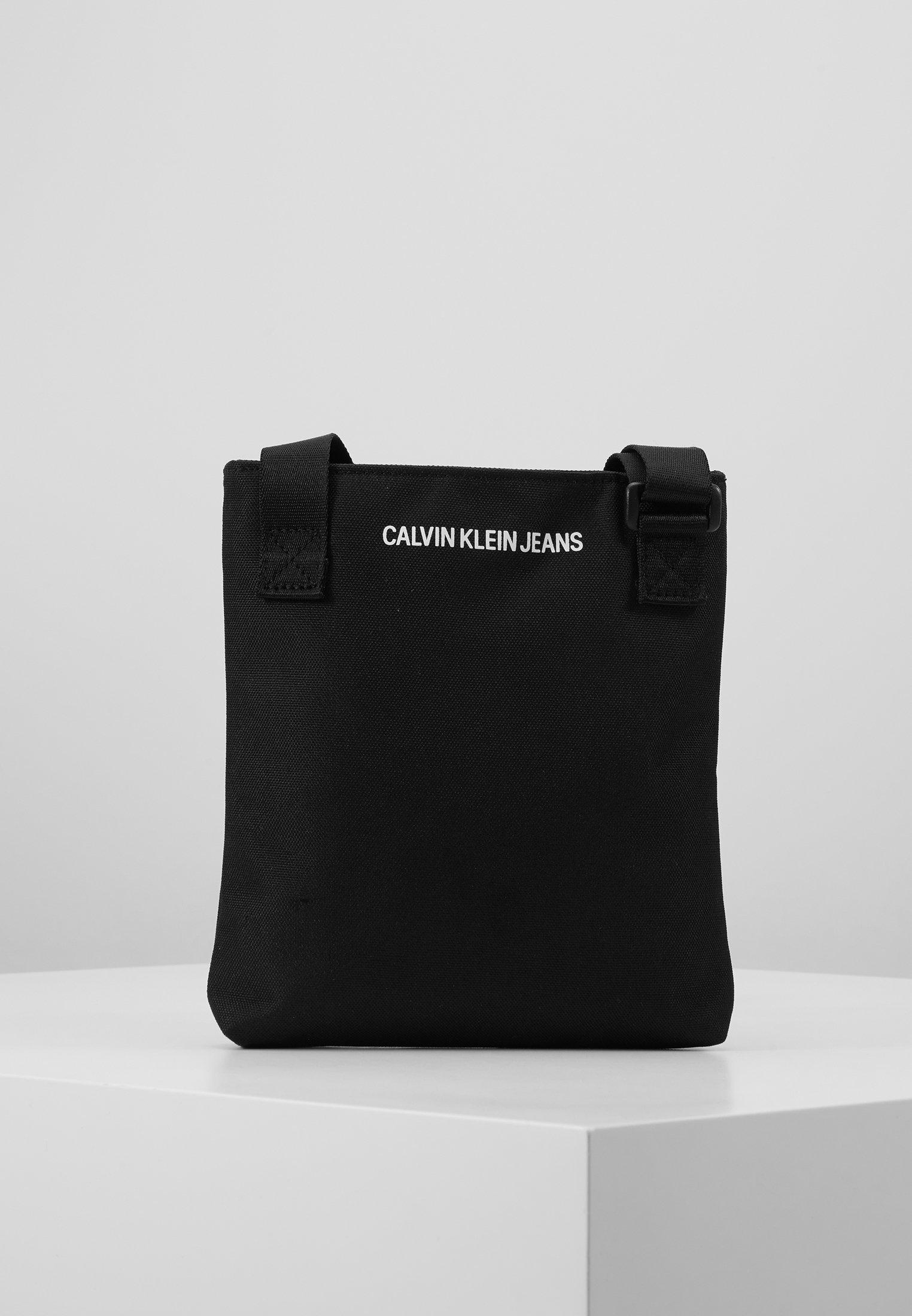 Calvin Klein Jeans Sport Essentials Microflat - Sac Bandoulière Black