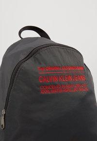 Calvin Klein Jeans - UTILITY CAMPUS - Ryggsekk - grey - 8