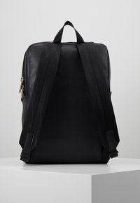 Calvin Klein Jeans - FEATHER WEIGHTMINIMAL - Ryggsäck - black - 2