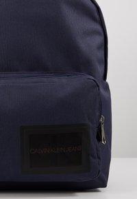 Calvin Klein Jeans - SPORT ESSENTIALS CAMPUS - Reppu - blue - 6