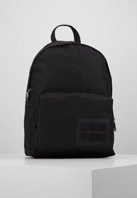 Calvin Klein Jeans - SPORT ESSENTIALS CAMPUS - Tagesrucksack - black - 0