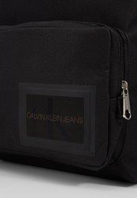 Calvin Klein Jeans - SPORT ESSENTIALS CAMPUS - Tagesrucksack - black - 6