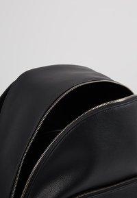 Calvin Klein Jeans - MICRO PEBBLE CAMPUS  - Reppu - black - 5