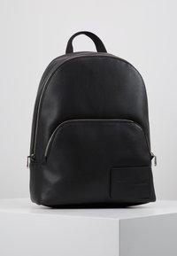 Calvin Klein Jeans - MICRO PEBBLE CAMPUS  - Reppu - black - 0