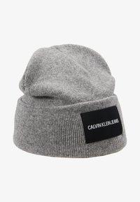 Calvin Klein Jeans - BEANIE - Mütze - grey - 4