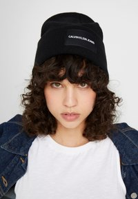 Calvin Klein Jeans - BEANIE - Bonnet - black - 3