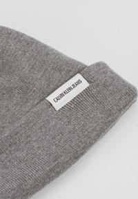 Calvin Klein Jeans - WATCH BEANIE - Bonnet - grey - 4