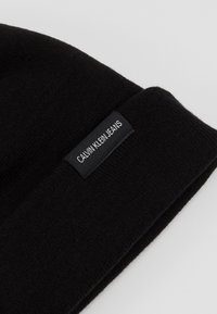 Calvin Klein Jeans - WATCH BEANIE - Čepice - black - 4