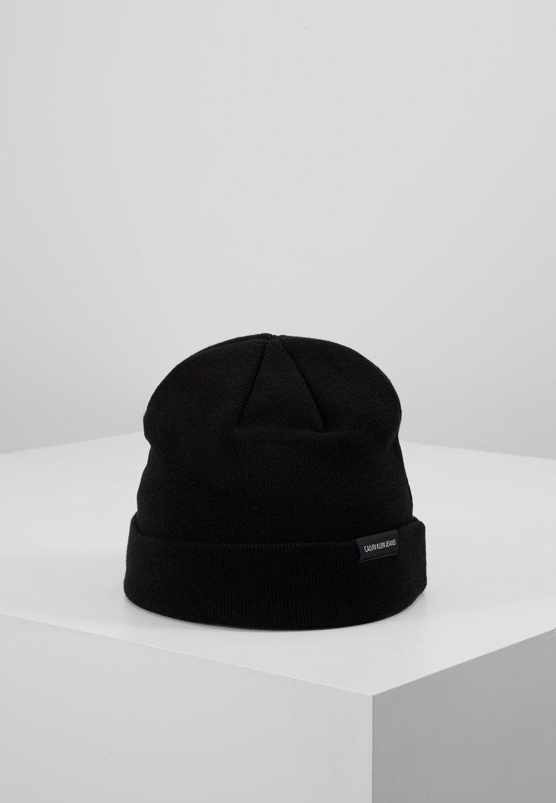 Calvin Klein Jeans - WATCH BEANIE - Čepice - black