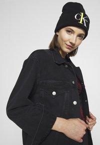 Calvin Klein Jeans - BEANIE - Muts - black - 2