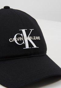 Calvin Klein Jeans - MONOGRAM - Cap - black - 5