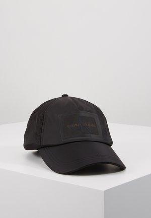 Kšiltovka - black