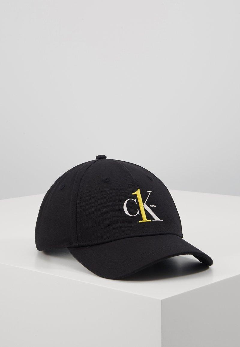 Calvin Klein Jeans - Pet - black