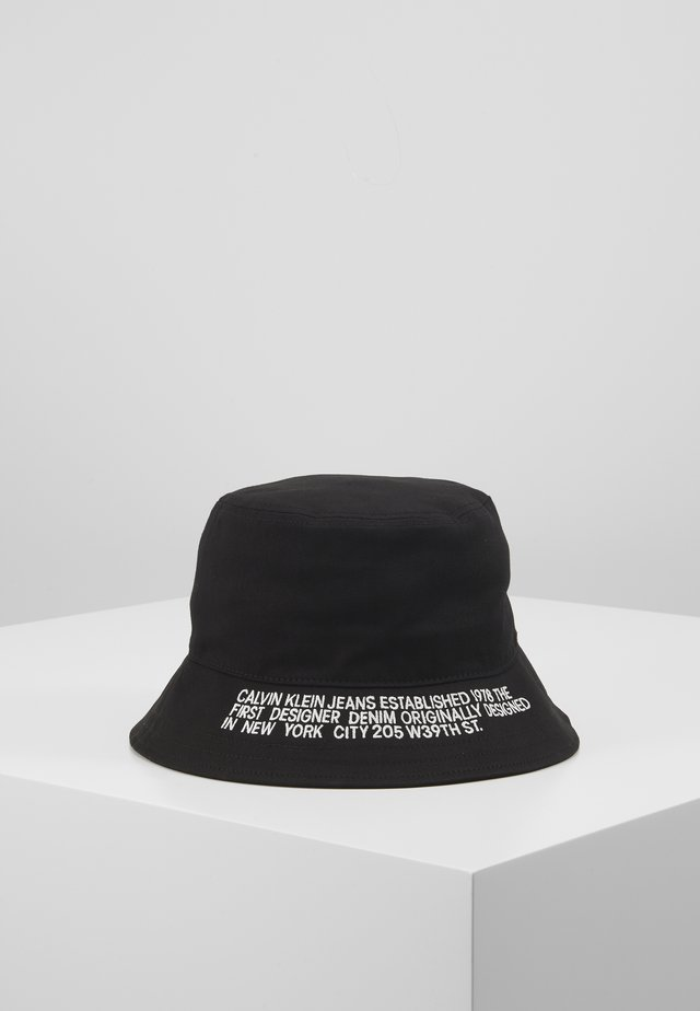 BUCKET - Sombrero - black