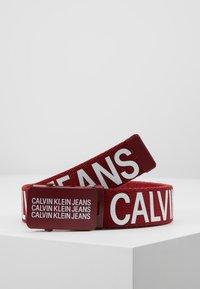 Calvin Klein Jeans - BOYS BASIC BELT - Bælter - red - 0