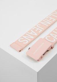 Calvin Klein Jeans - BELT - Pásek - pink - 3