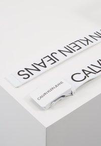 Calvin Klein Jeans - LOGO BELT - Pásek - white - 3