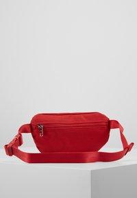 Calvin Klein Jeans - SPORT ESSENTIAL WAISTPACK - Kabelka - red - 3