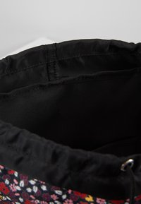 Calvin Klein Jeans - SPORT ESSENTIAL FLAP - Rucksack - multicolor - 5