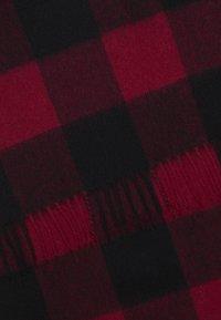 Calvin Klein Jeans - BOYS LOGO PATCH SCARF - Écharpe - red - 1