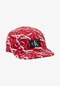 Calvin Klein Jeans - MIRROR MONOGRAM PANEL  - Czapka z daszkiem - red - 1