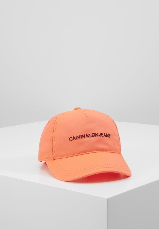 INSTITUTIONAL LOGO - Cap - pink