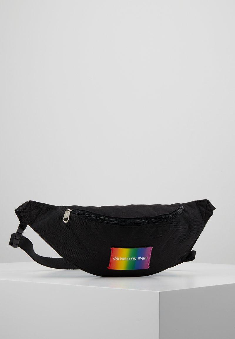 Calvin Klein Jeans - ESSENTIAL PRIDE STREET PACK - Bältesväska - black