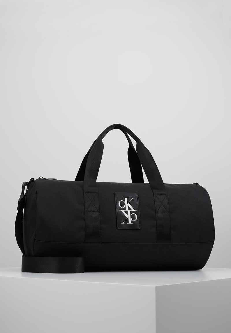 Calvin Klein Jeans - SPORT ESSENTIALS  DUFFLE  - Sac de sport - black