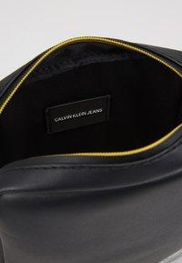Calvin Klein Jeans - STITCH MICRO - Borsa a tracolla - black - 4