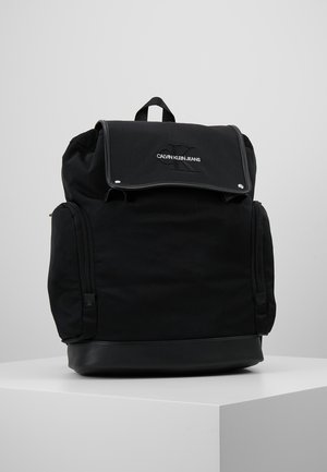 MONOGRAM FLAP BACKPACK - Ryggsekk - black