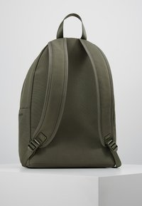 Calvin Klein Jeans - SPORT ESSENTIALS BACKPACK - Plecak - green - 2
