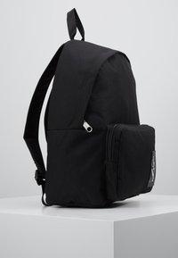 Calvin Klein Jeans - SPORT ESSENTIALS BACKPACK - Rucksack - black - 3