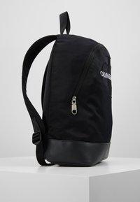 Calvin Klein Jeans - MONOGRAM - Ryggsekk - black - 3