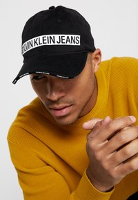 Calvin Klein Jeans - LOGO TAPE  - Kšiltovka - black - 1