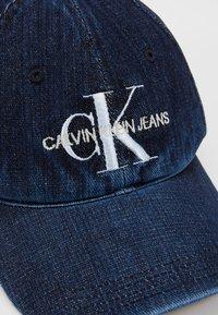 Calvin Klein Jeans - MONOGRAM  - Kšiltovka - dark blue denim - 6