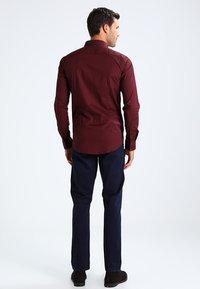 Casual Friday - Shirt - merlot red - 2
