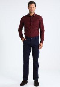 Casual Friday - Shirt - merlot red - 1