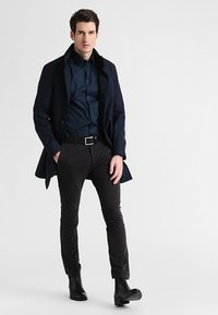 Casual Friday - SLIM FIT - Camicia - navy - 1