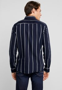 Casual Friday - REGULAR FIT - Chemise - night navy - 2