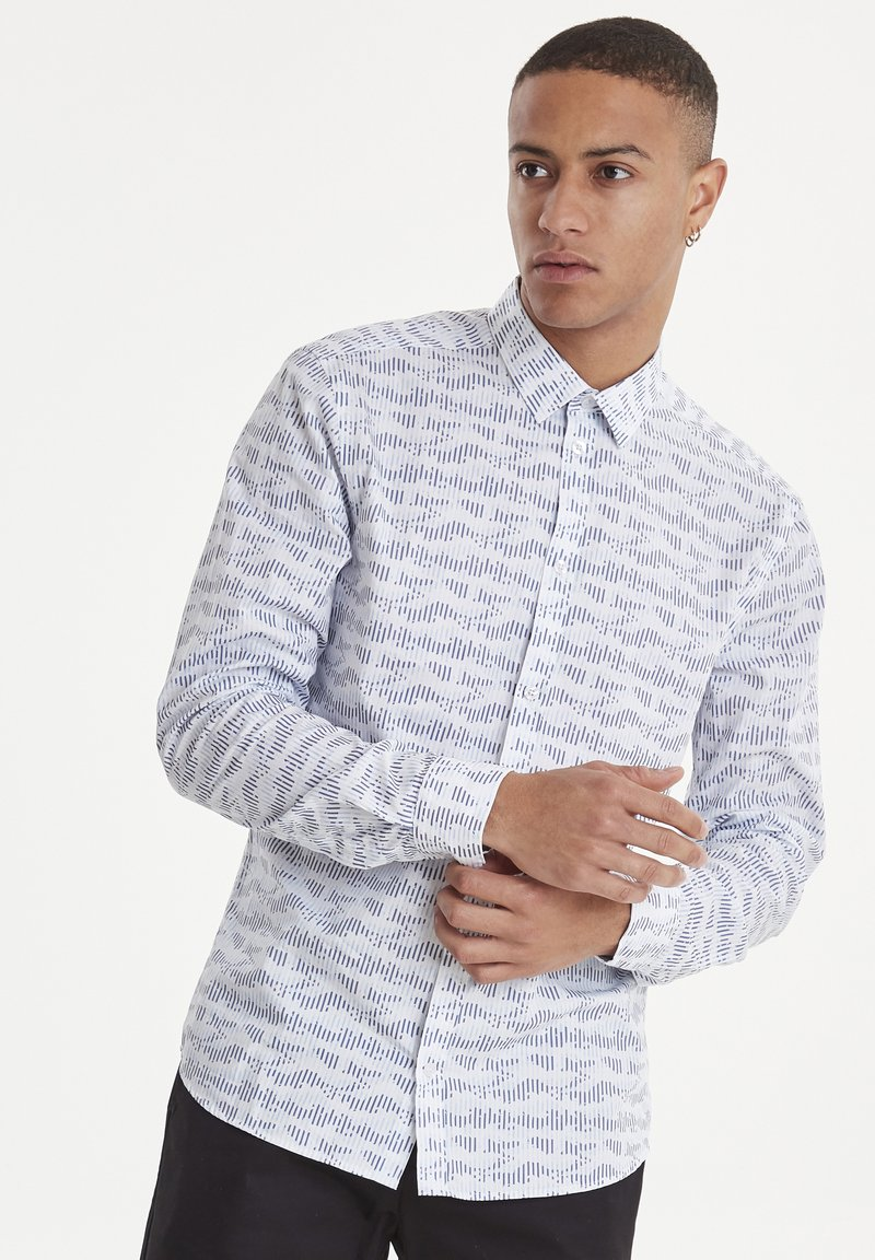 Casual Friday - ARTHUR JAQUARD - Shirt - white