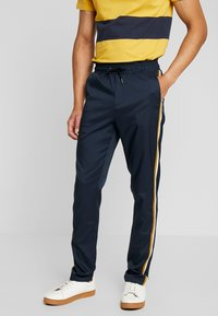 Casual Friday - PANTS - Kalhoty - navy - 0