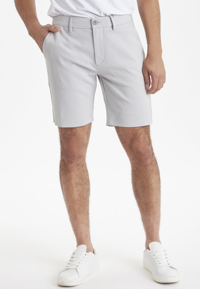 SLIM FIT - Shorts - fog gray