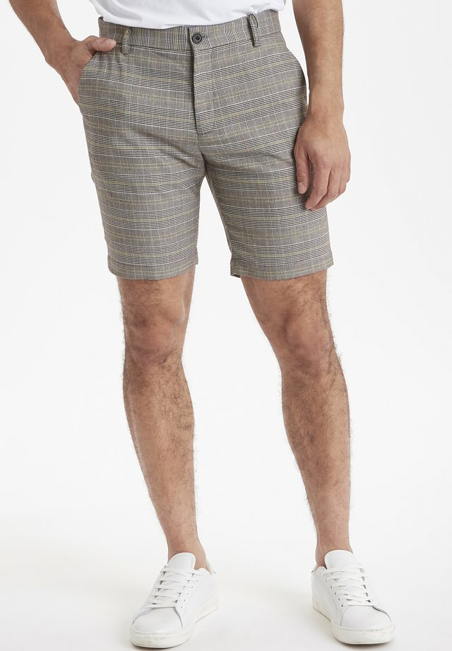 CFPIERRE - Shorts - neutral grey