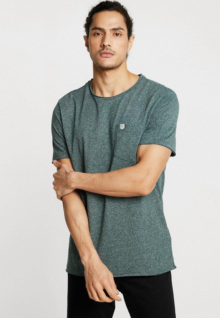 Casual Friday - T-shirt basique - pine green