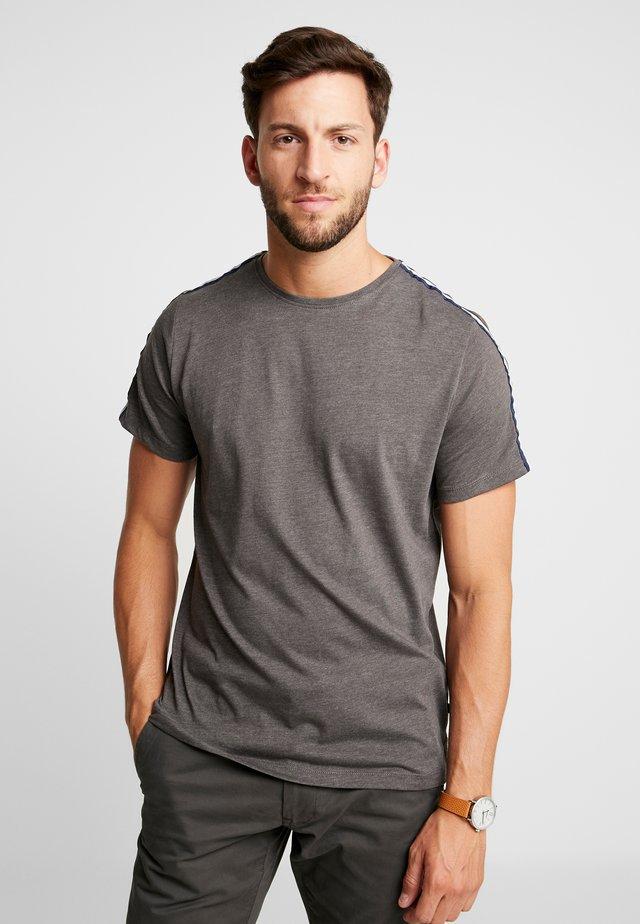 Print T-shirt - pewter mix