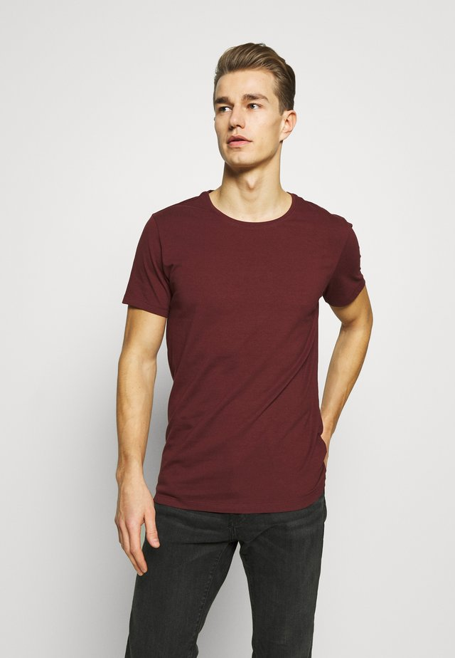 Basic T-shirt - merlot red