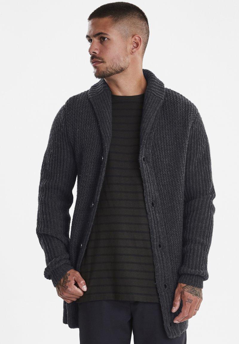 Casual Friday - Vest - dark grey melange