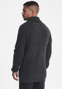 Casual Friday - Vest - dark grey melange - 2